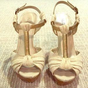 Gold natural tan strappy highheel Sandal Aldo 6.5